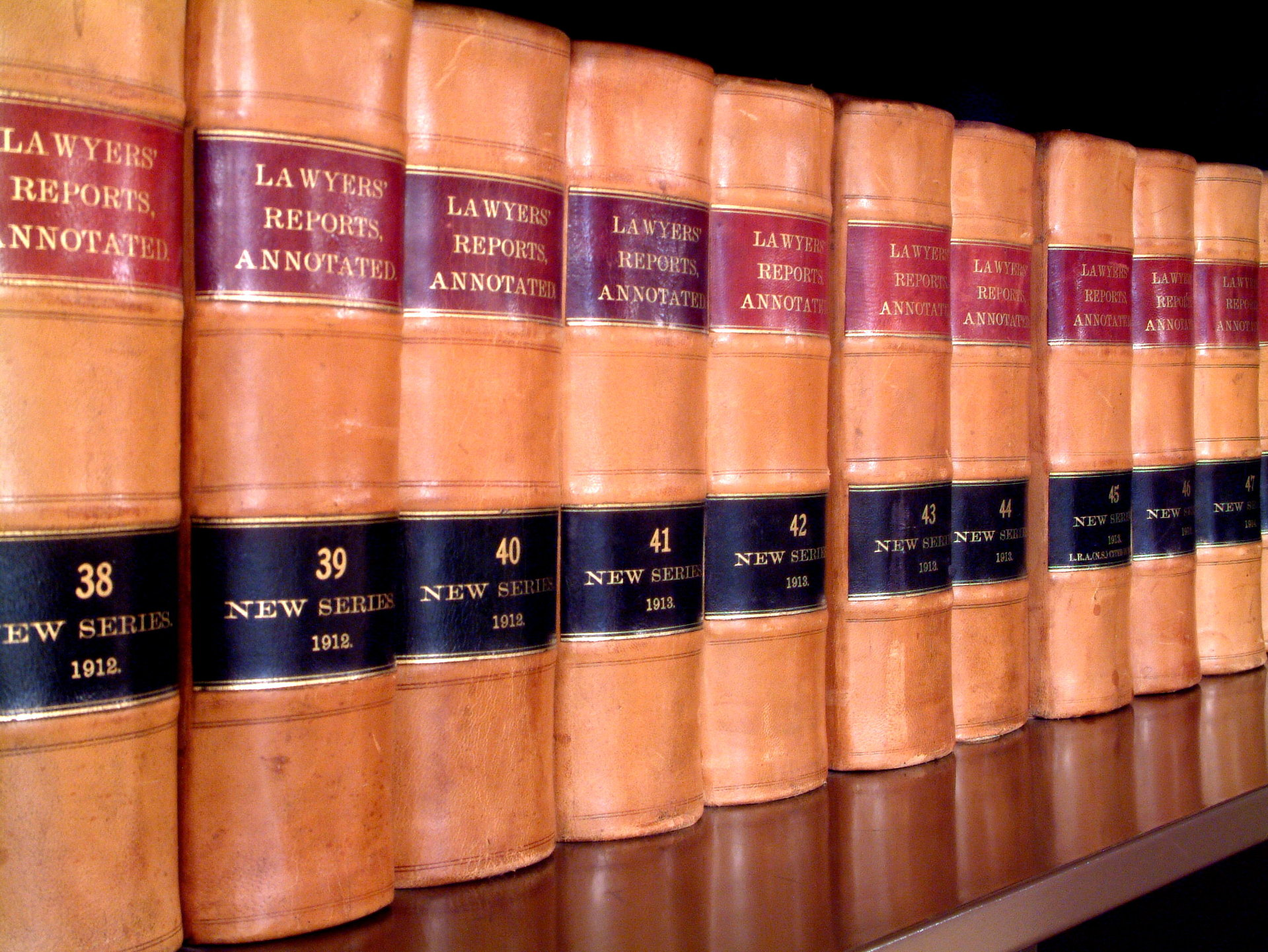 law-education-series-3-1467430-1919x1441